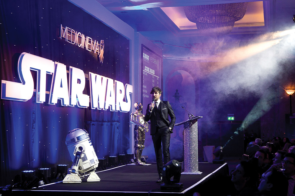 Homepage-images_0010_star_wars_dinner_dhb_0001